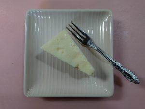 業務スーパーの(レア)リッチチーズケーキを実食!本当にまずい?